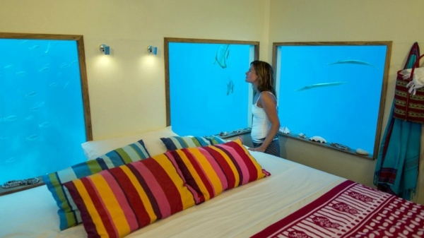 Dream Houses - Amazing house in the open sea with a bedroom under water