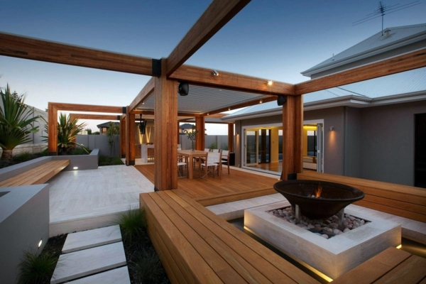Simple house garden ideas - Terrace With Teak Wood Flooring Modern Solution For Any