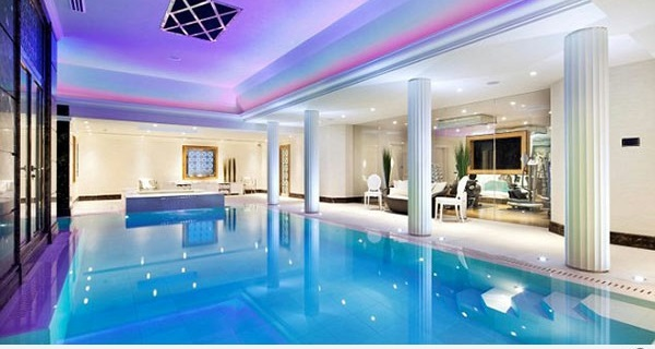 Modern home indoor pool  Modern interior design ideas for holiday home with indoor pool ...