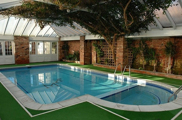 Stylish ideas for the swimming pool at home interior for Winter garden pool