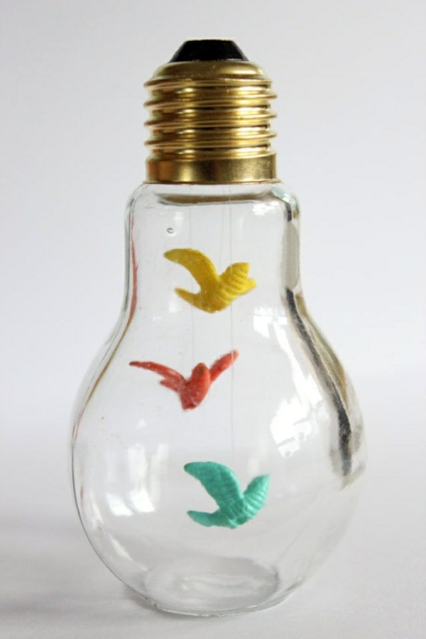 Captivating ... DIY Decoration From Bulbs   120 Craft Ideas For Old Light Bulbs Photo Gallery
