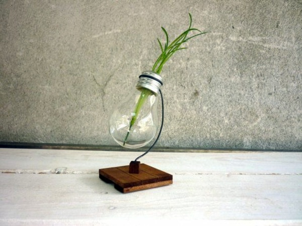 Tinkered Quite Seriously, But Particularly DIY Decoration From Bulbs   120  Craft Ideas For Old Light Bulbs
