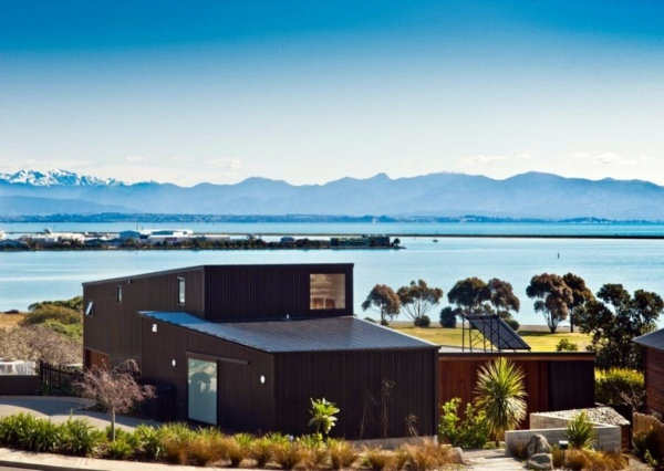 Comfortable Interior Design And Picturesque Scenery The Nelson House In New Zealand Interior