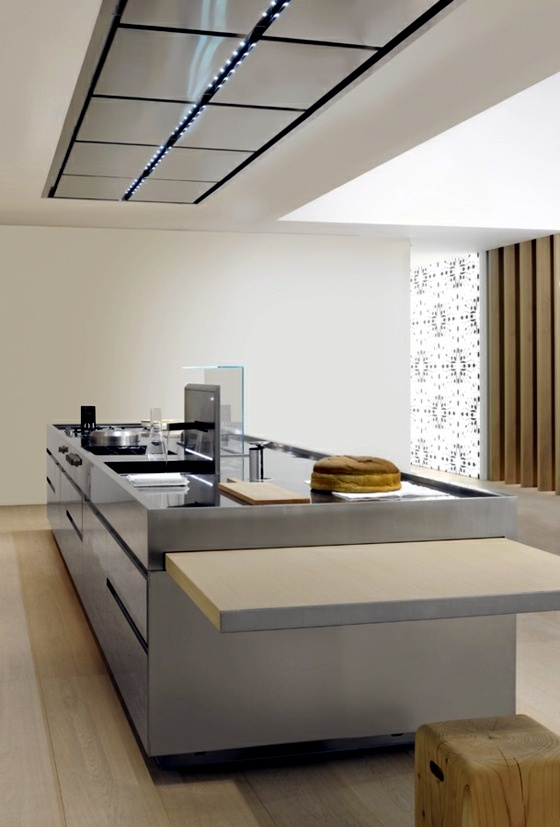 Designer Kitchen Island Discreet And Practical
