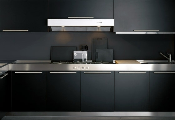Designer kitchen island - discreet and practical
