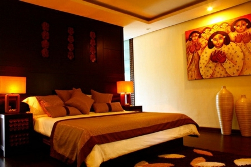 religious symbols in the bedroom good or bad feng shui. Black Bedroom Furniture Sets. Home Design Ideas