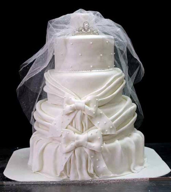 Play Design Your Wedding Cake : Tiered wedding cakes   the symbol of every wedding ...
