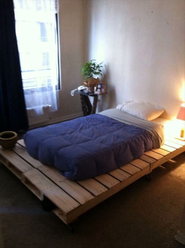 Build bed frames themselves diy bed frame from euro for Low to ground beds