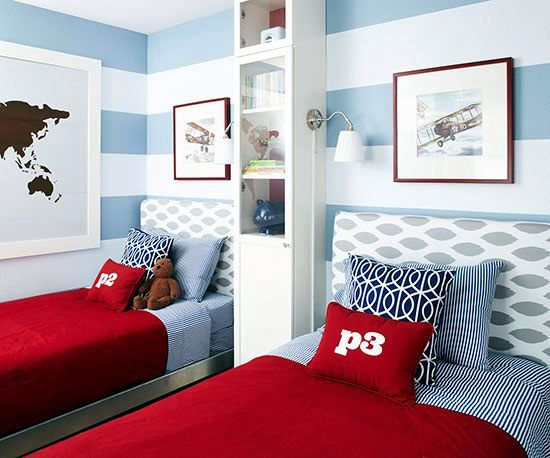 Decorating a child 39 s room to share interior design ideas for Amenager une chambre avec 2 lits