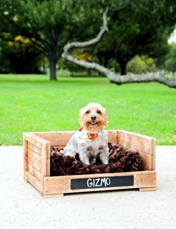 Europaletten - Make great dog beds from Euro pallets themselves - dog beds made of wood