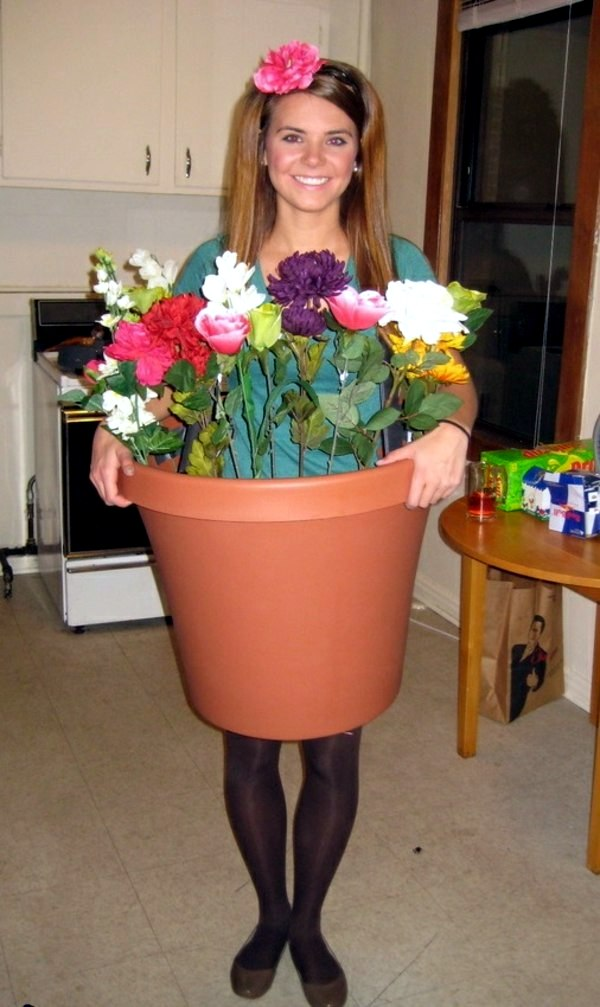 Halloween costume ideas - flowerpot motif 100 unique homemade costumes - great DIY clothes  sc 1 st  AVSO.ORG & 100 unique homemade costumes u2013 great DIY clothes | Interior Design ...