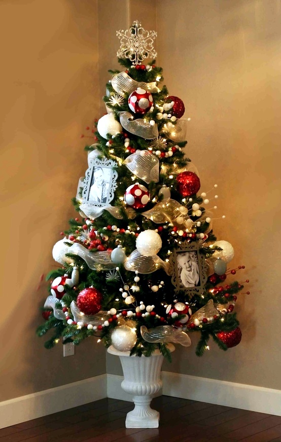 Inspiration for the christmas tree interior design ideas for How to decorate a small white christmas tree