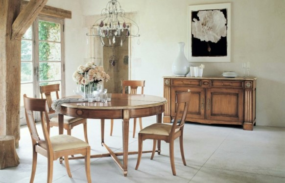 Einrichtungsideen   Elegant Decor In The Dining Room With Rustic Furniture