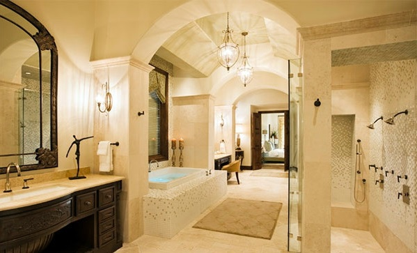 Badezimmer   15 Mediterranean Bathroom Designs