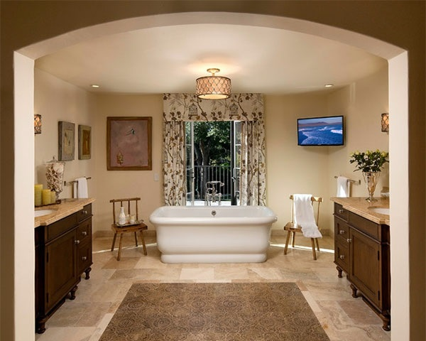 Classic Bathtub In The Room 15 Mediterranean Bathroom Designs
