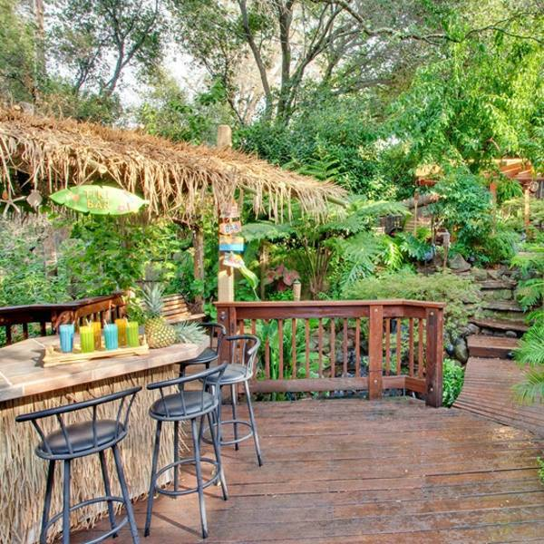 15 Ideas For Tropical Retreat In Your Garden