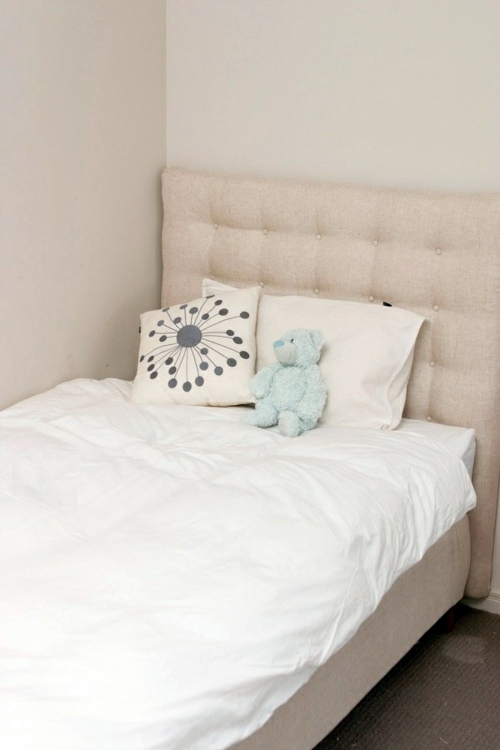Upholstered headboards do it yourself thematic tips and for Do it yourself headboards with fabric