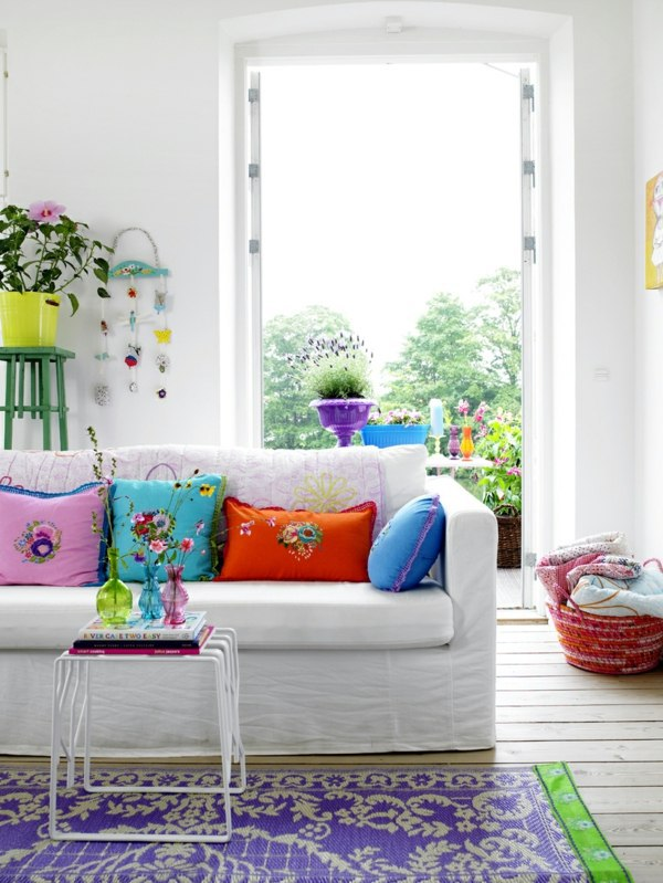 5 Tips and 18 fresh interior designs that bring the summer mood home
