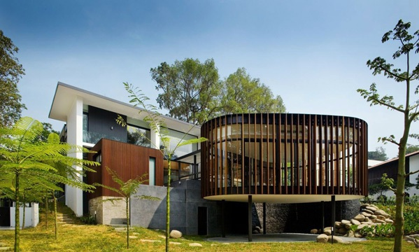Contemporary House In Singapore Screen House By The