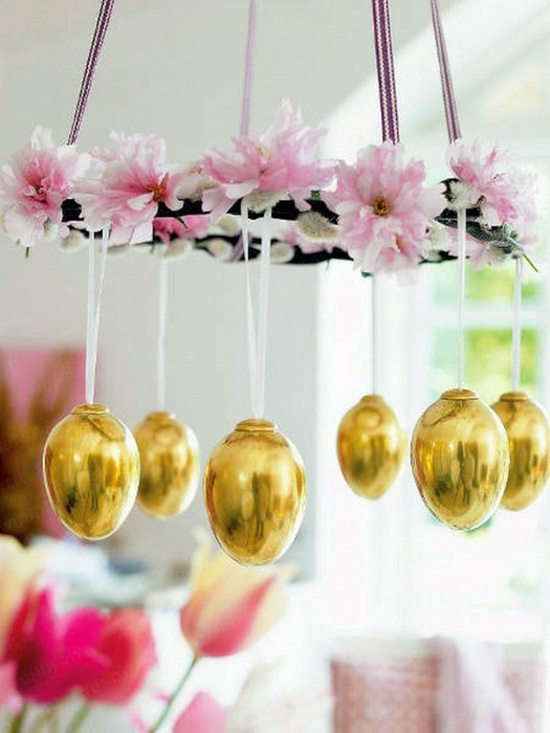 Accents Of Golden Color Easter Decoration Ideas With Brightly Painted And  Splendidly Decorated Easter Eggs