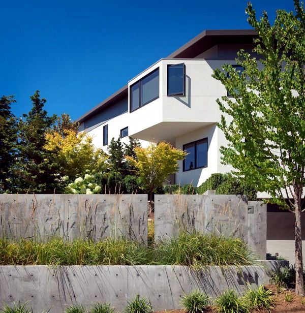 Elegant house in seattle shows fabulous views of the for Most elegant houses