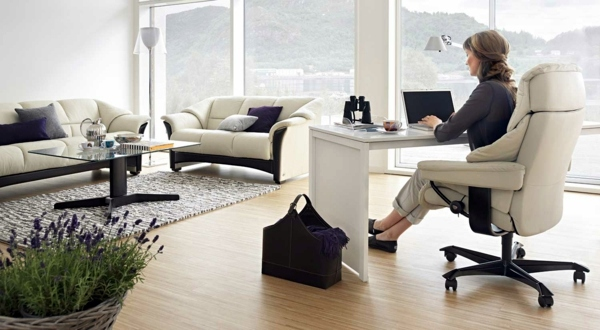 stressless office chair provide for the comfort in the. Black Bedroom Furniture Sets. Home Design Ideas