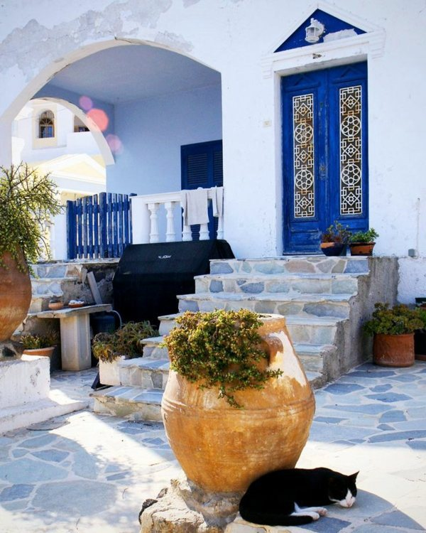 Royal Blue Colors Mediterranean Interior Design Ideas   Inspiration From  The Old World