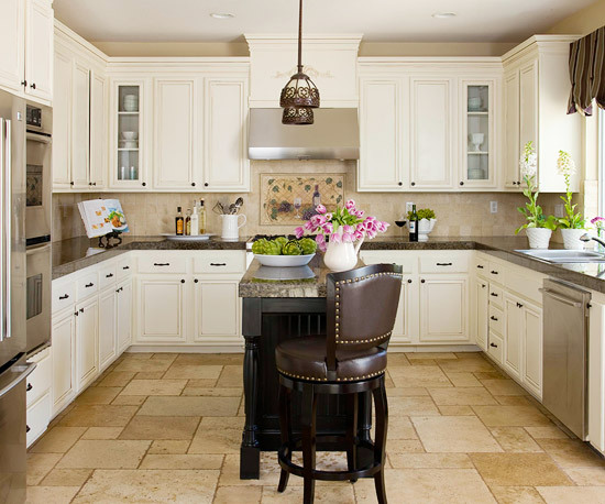 Kitchen island ideas for small space interior design for Kitchen layout designs for small spaces