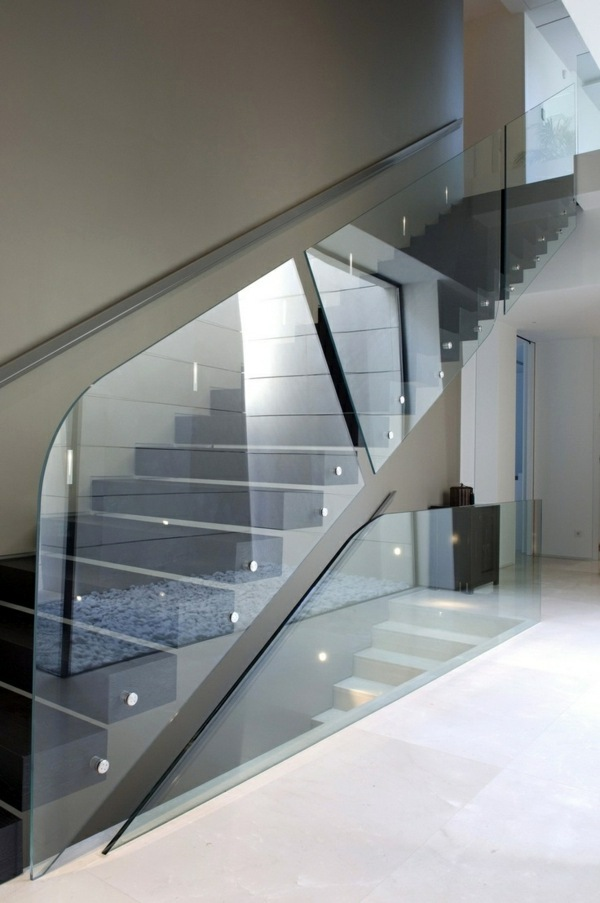 A modern staircase can completely transform your home for Hauseinrichtungen ideen