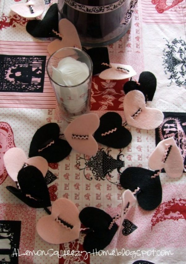 15 Cool Valentine's Day garlands ideas to tinkering
