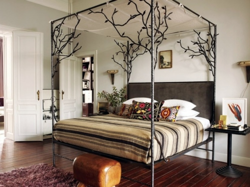 ... 50 cool ideas for canopy beds made of wood in the bedroom ...
