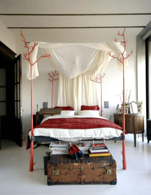 ideas for canopy beds made of wood in the bedroom interior design
