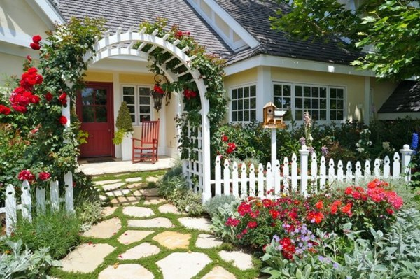 Pergola Fence Front Garden Design Ideas   Creative Design Ideas For Your  Exterior