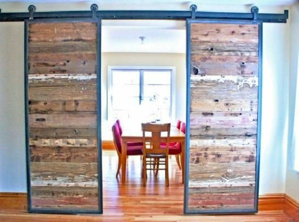 Sliding doors as room dividers more privacy in the small apartment