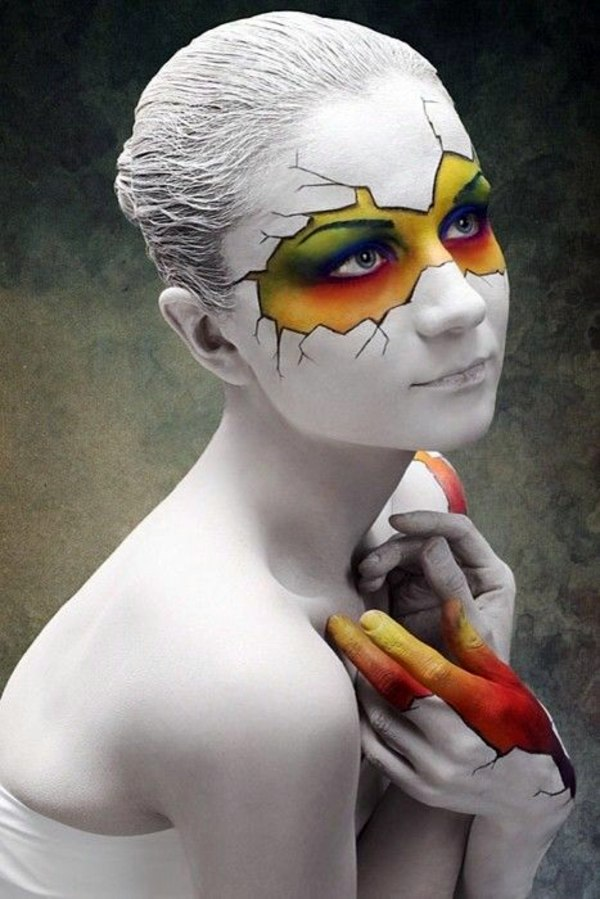 Cool Halloween makeup tips for a unique look | Interior Design Ideas ... Simple Clown Makeup Men