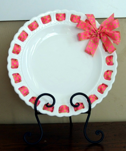 Finished With A Ribbon Decorative Wall Plate Great Wall Decoration In The Kitchen