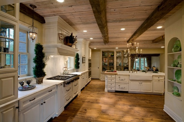 Beamed Ceiling Küchen   Traditional White Country Kitchen   15 Cool  Interior Design Ideas