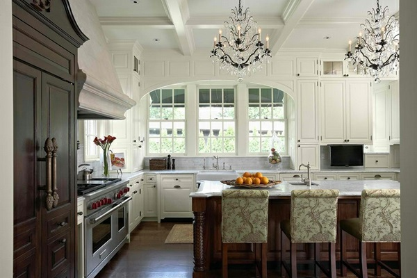 Attractive Luster And Patterned Blankets Traditional White Country Kitchen 15 Cool Interior Design Ideas