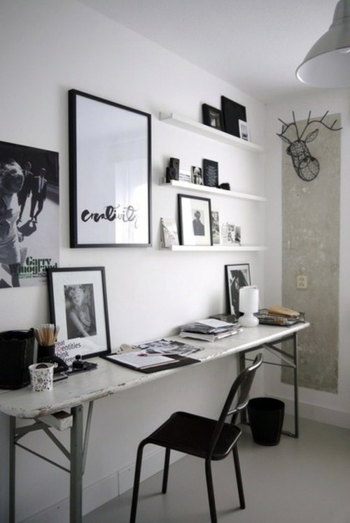 forget the bare walls design your art gallery with picture frames on the wall - Walls Design