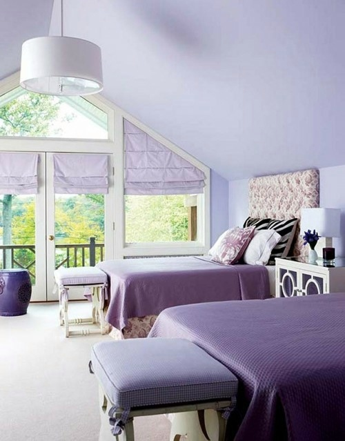 20 great and extravagant guest room decorating ideas for Extravagant bedroom designs