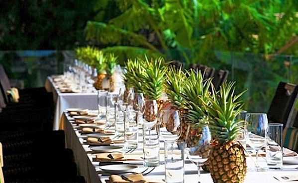 apply pineapple table decoration gartenzubehr 40 garden ideas for your summer party decoration - Party Decorating Ideas