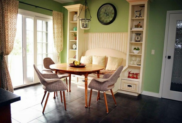Wonderful ... Make Cozy Dining Area   Dining Table With Chairs In The Kitchen