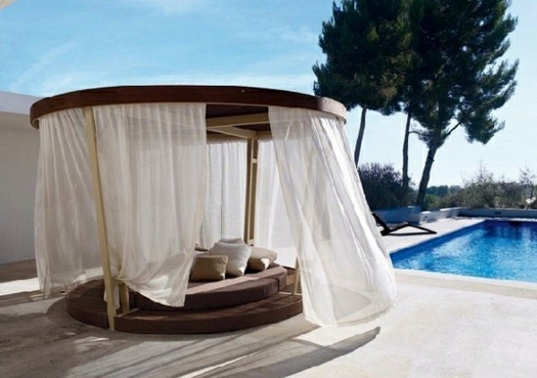 Decoration in the outdoor area with canopy great idea for Pool canopy bed