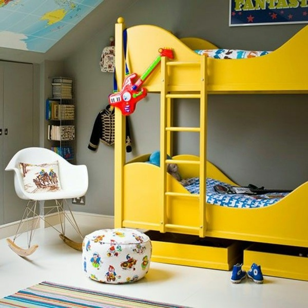 stools and colorful cushions 125 great ideas for childrens room design - Kids Interior Design Bedrooms