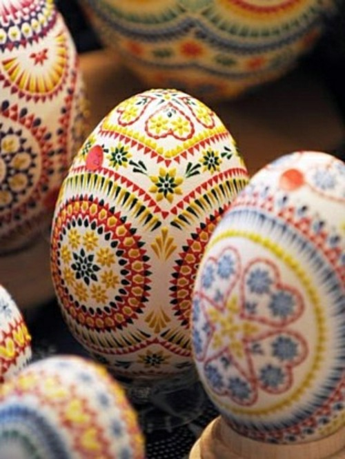 Tinker And Paint Cool Easter Eggs Interior Design Ideas