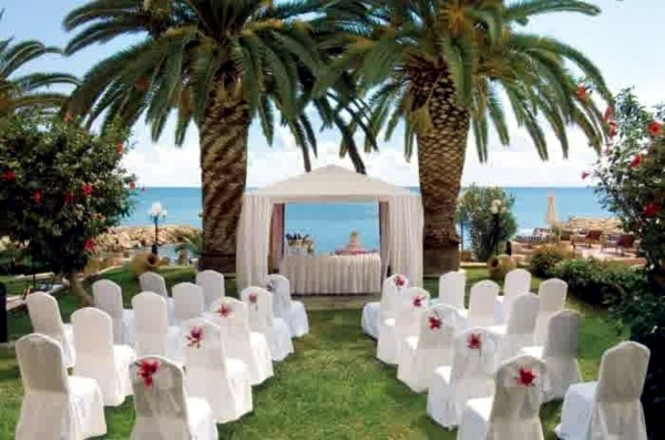 Wedding decor with floral decoration cool wedding decoration lifestyle wedding decor with floral decoration cool wedding decoration outdoor junglespirit Images