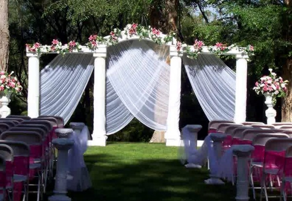 Wedding Decor with floral decoration - Cool wedding decoration outdoor