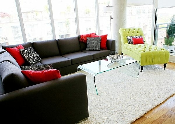 Modern living room design bright contrasting colors for Bright living room decorating ideas
