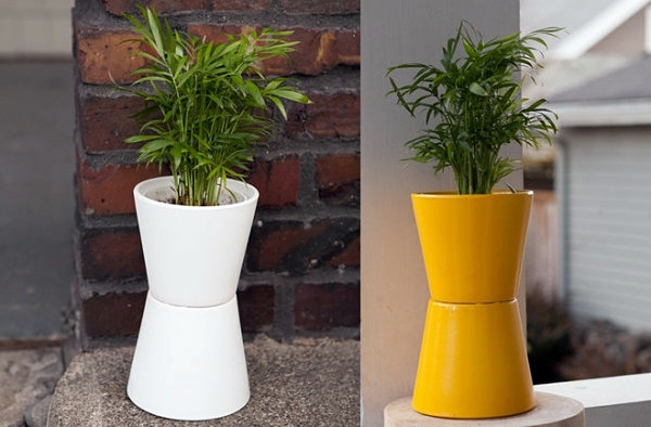 DIY Projects - Homemade plant stand for your space