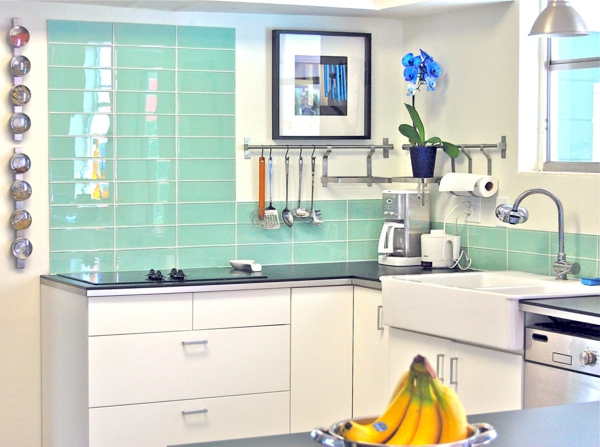 Lovely Glass Tiles In Bright Green Kitchen Wall Tiles   The Rear Wall Plays An  Important Role In The Kitchen